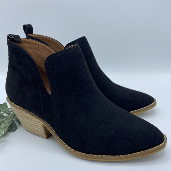 Black Beauty Corky Booties