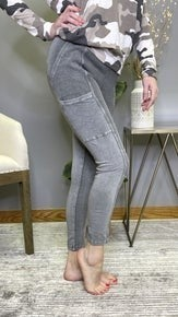 From The Top Leggings - 2 colors!