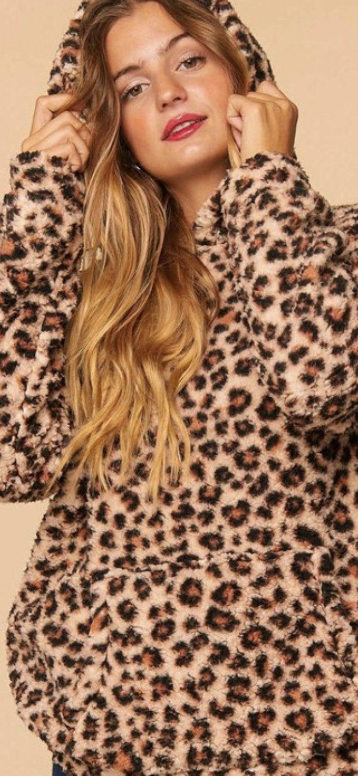Leopard Sherpa - Curvy Girl