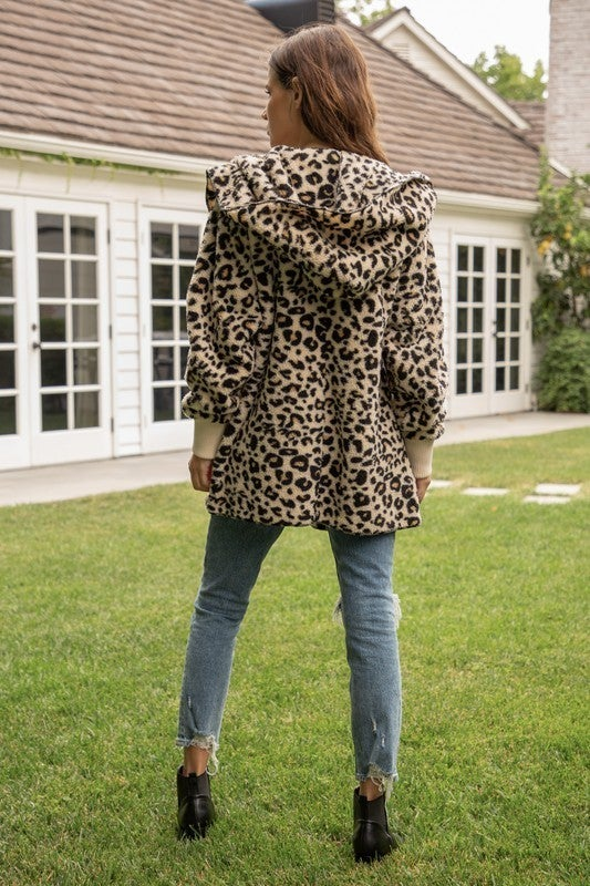 So Soft Leopard Sherpa