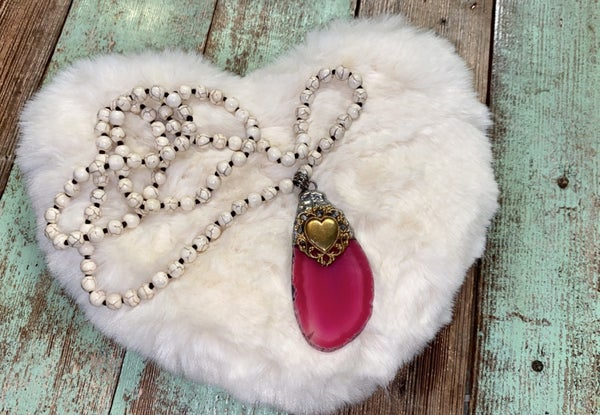 B3 Healing Stone Pink Agate necklaces