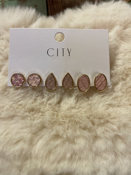 Simple and Stylish Earring Sets