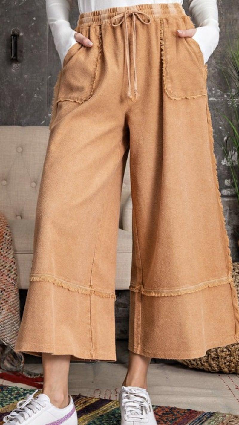 Wide Legged Crop Pants