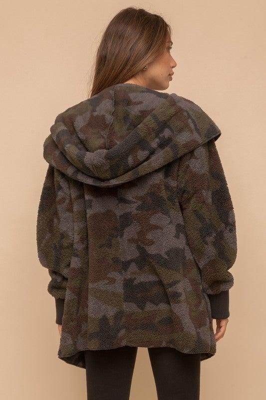 So Soft  Camo Sherpa