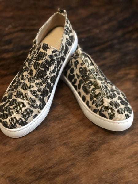 No Strings Attached Leopard Shoe