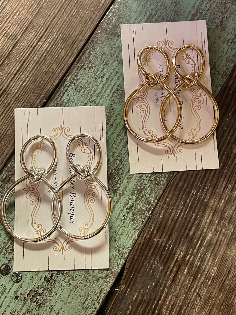 Classic with a Twist Earrings