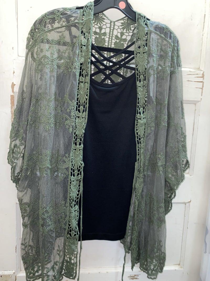 Lacey Kimono