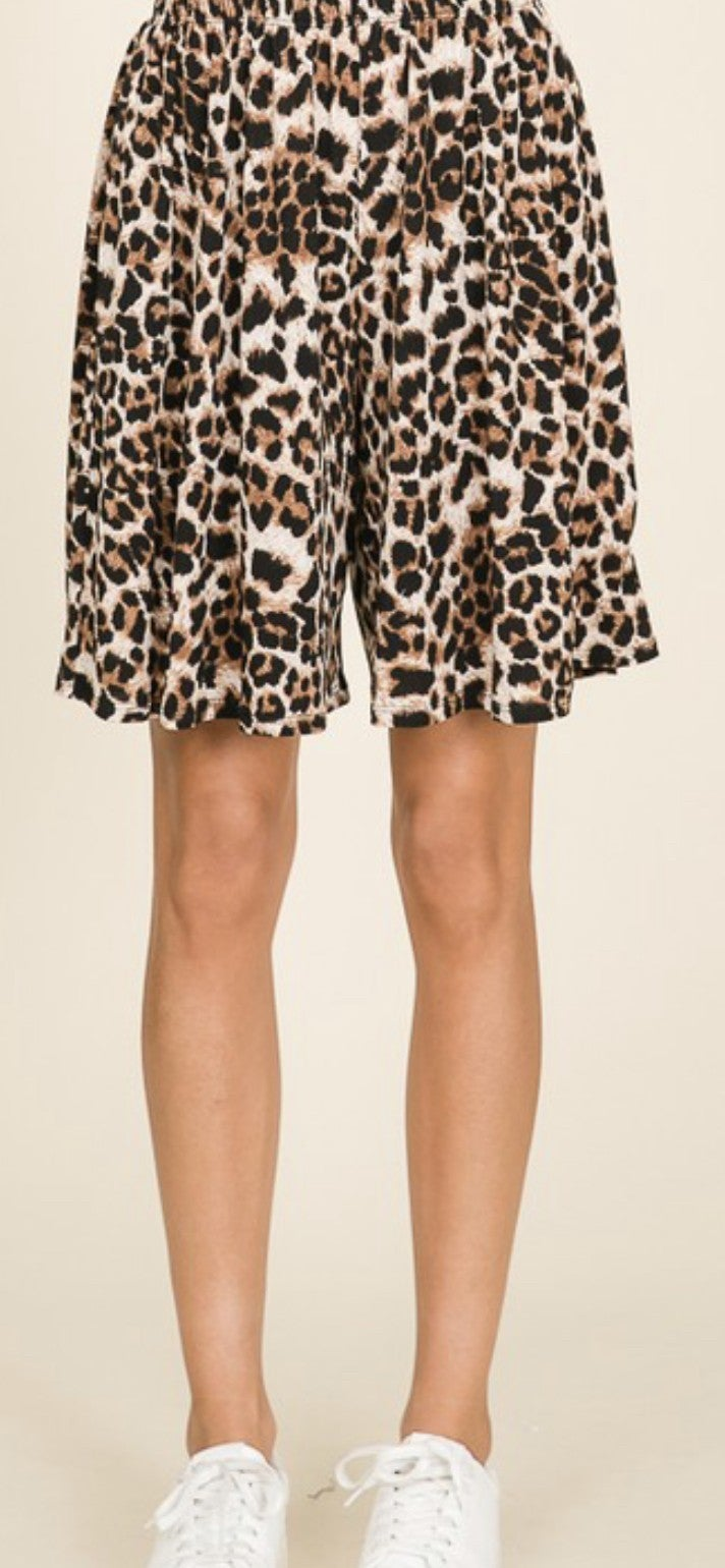 Casual Leopard Shorts