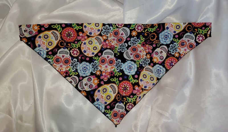Large Doggy Dana Multi-colored skulls with Crystals