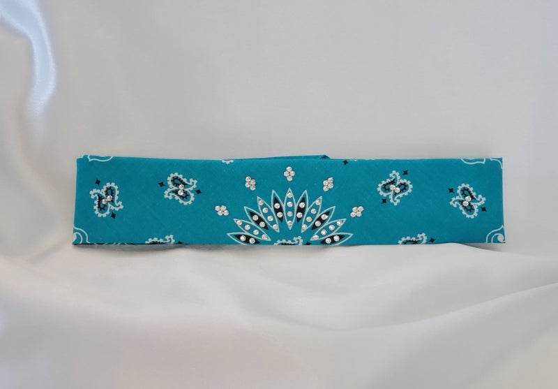Bright Teal Paisley with Diamond Clear Crystals (Sku8043)