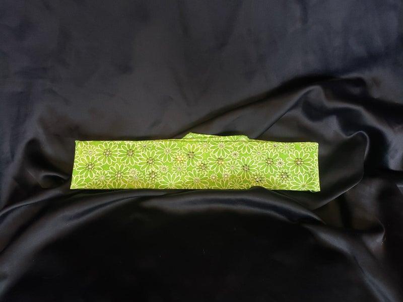 Narrow Green Daisy with Peridot and Diamond Clear Swarovski Crystals (Sku1102)