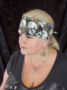 Skulls and Roses with Orange and Diamond Clear Swarovski Crystals (Sku1710)
