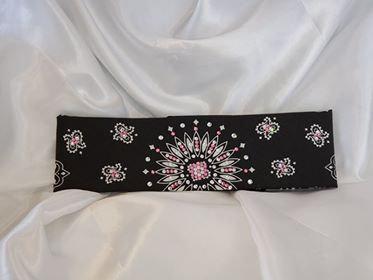 Black Paisley Light Pink and Diamond Clear Swarovski Crystals (Sku1931)