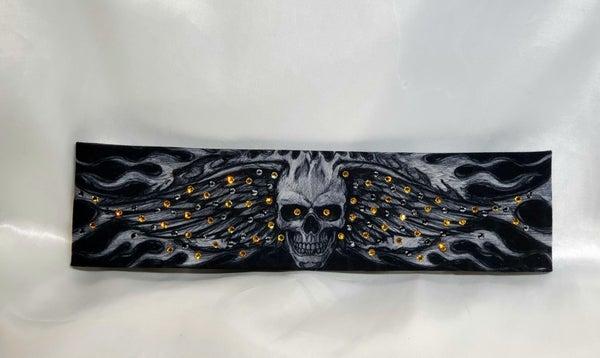Wing Skull with Yellow and Black Swarovksi Crystals (Sku1561)