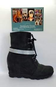 Rhinestone Choker on Black Leather (Sku8015)