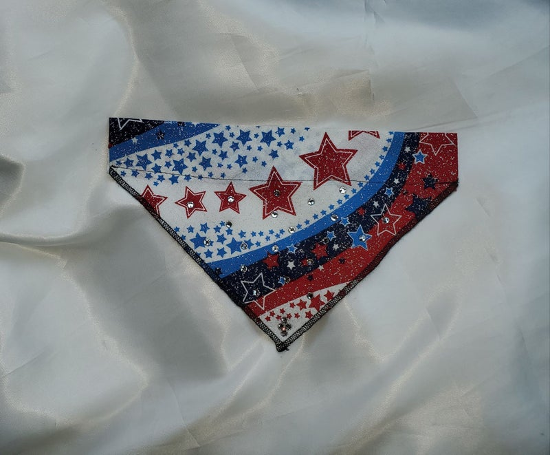 Small Doggy Dana Sparkly Flag with Crystals