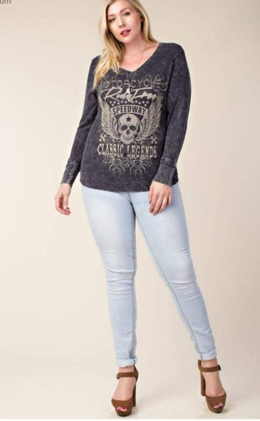 Plus Size V-neck Black Stone washed Long Sleeve with Wing Skull and Stones