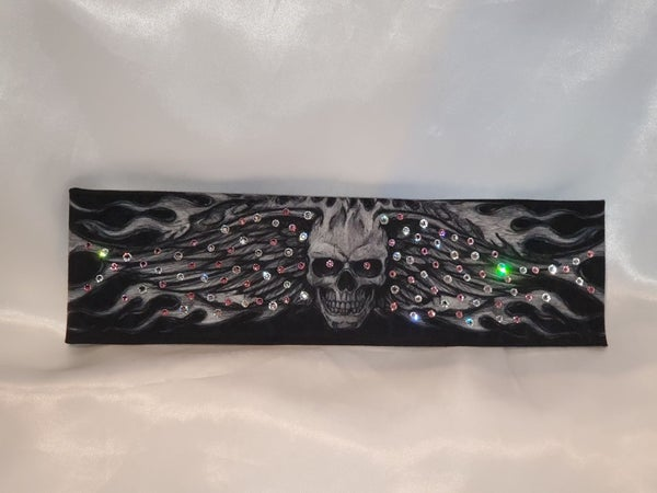 Wing Skull with Light Pink and Diamond Clear Swarovski Crystals (Sku1569)