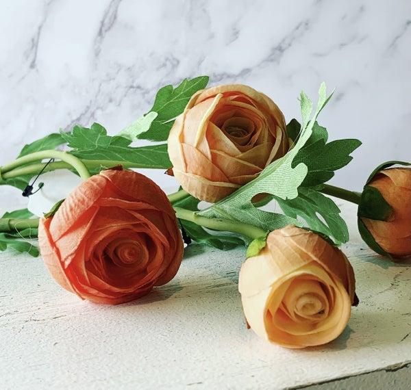 "22"" Peach Real Touch Ranunculus  Stem"