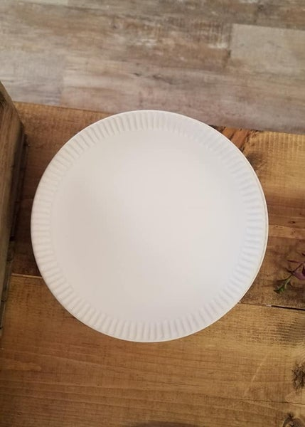Stoneware Salad Plate, Off White
