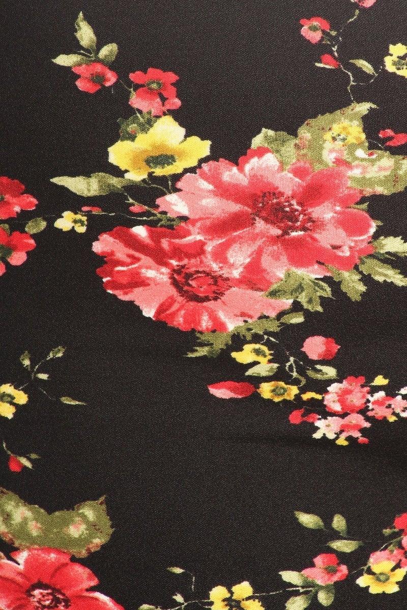 Straight Skirt ~ Black Floral
