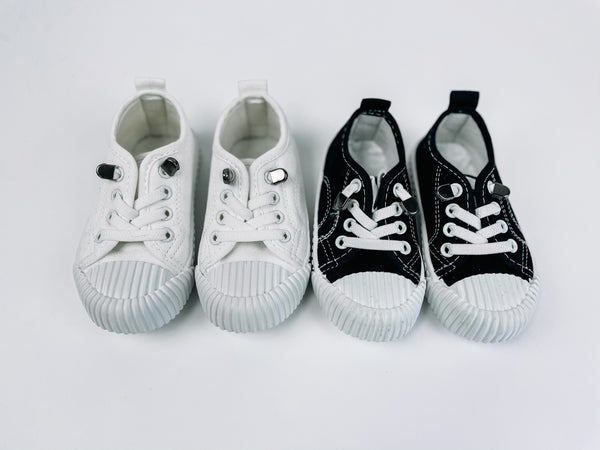 Grady   Canvas Sneakers   Black + White