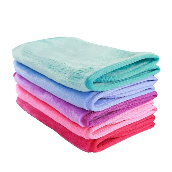 DAILY DEAL: Makeup Remover Cloths: Pack of Two