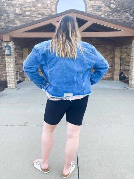 Bizzy Butter Biker Shorts | WOMEN | Solids