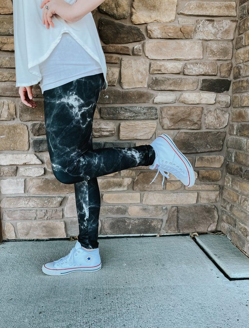 Women's Bizzy Butter Leggings: Black Marble