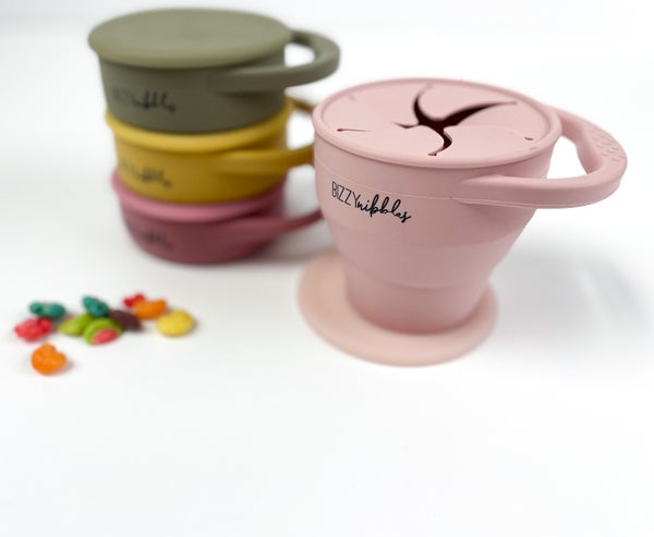 Bizzy Nibbles | Collapsible Snack Cups with Lid *Final Sale*