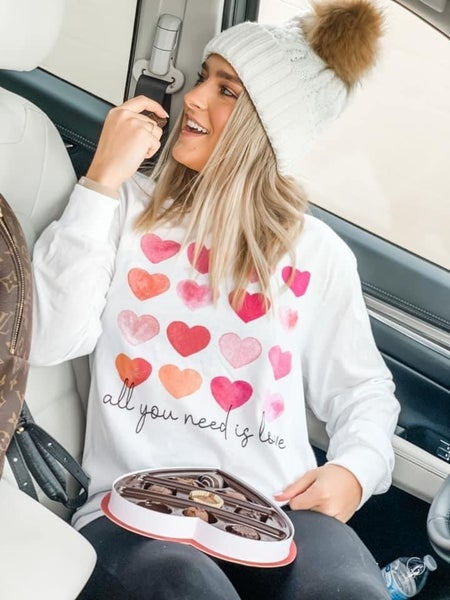 All you need is LOVE | Long Sleeve Crewneck Top