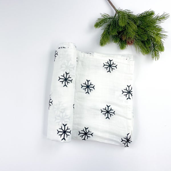 Snowy Dreams Swaddle