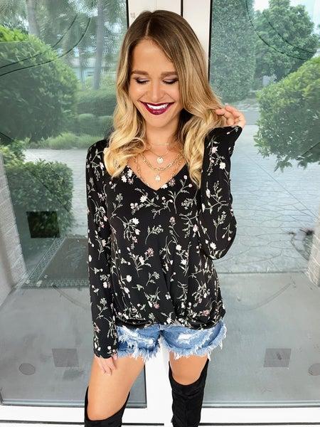Black Fall Floral Long Sleeve Knit Twist Top