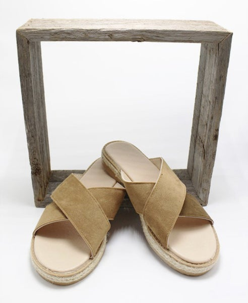 Cross Over Strap Sandals - Brown
