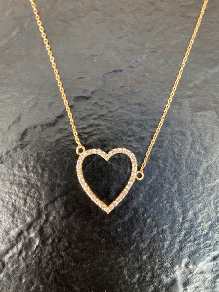 18 Karat Gold CZ Heart Cutout Pendant Necklace