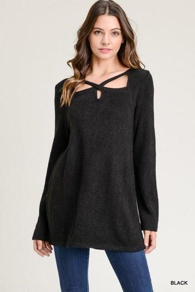 Black Long Sleeve Cute Cutout Top