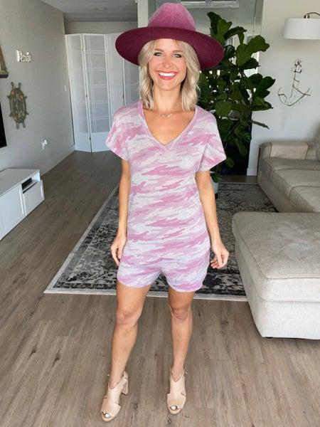 Chic Pink Camo Lounge Top & Pocket Shorts Set