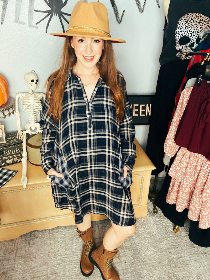 Preview The Plaid Pullover