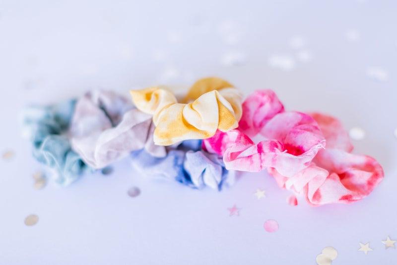 Brush Tie Dye Scrunchie