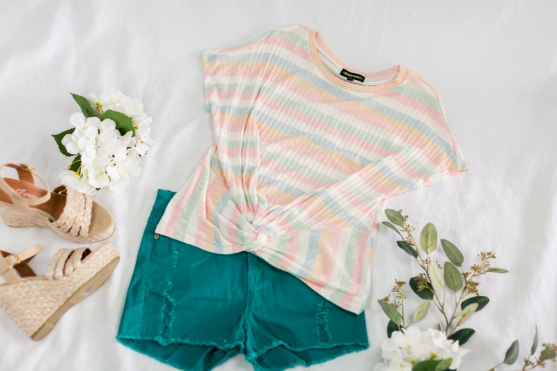 Lost In Love Shorts by Umgee