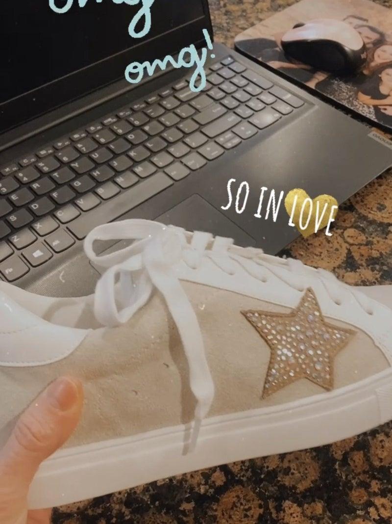 Star Lovin' Sneaks