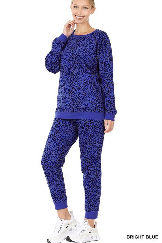Doorbuster: Blue Leopard Set