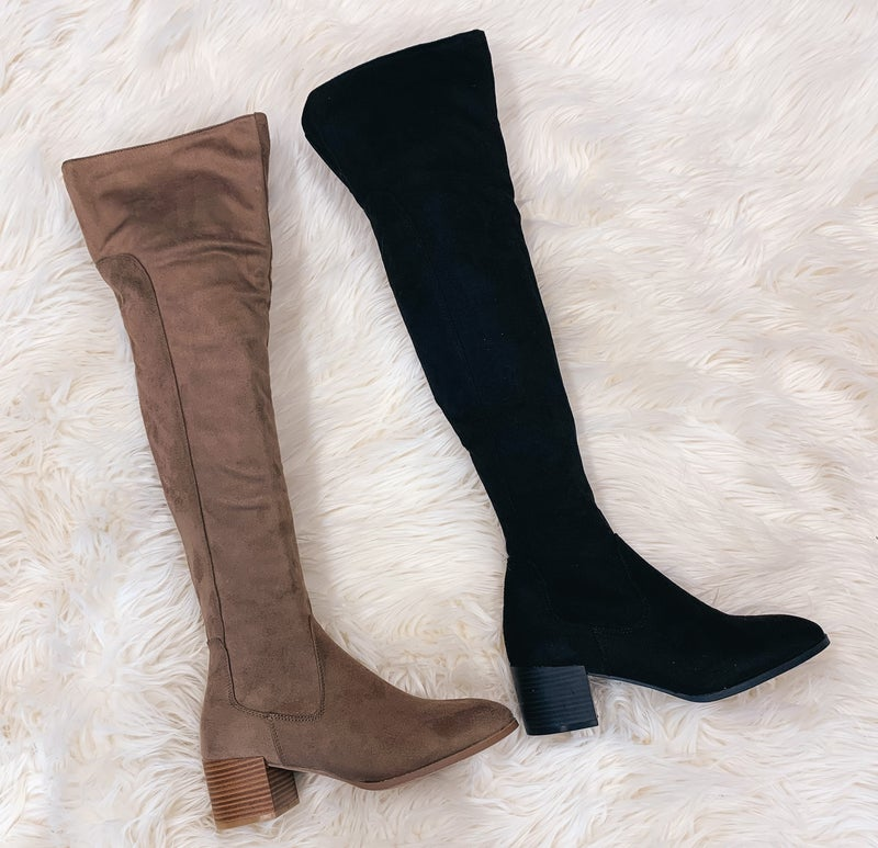<< SLOUCH OR OVER THE KNEE BOOTS >>