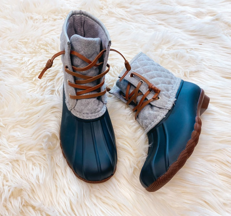 << QUILTED RAIN BOOTS >>