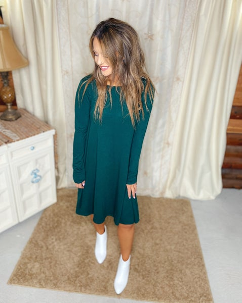 << CLASSIC POCKET SWING DRESS >>