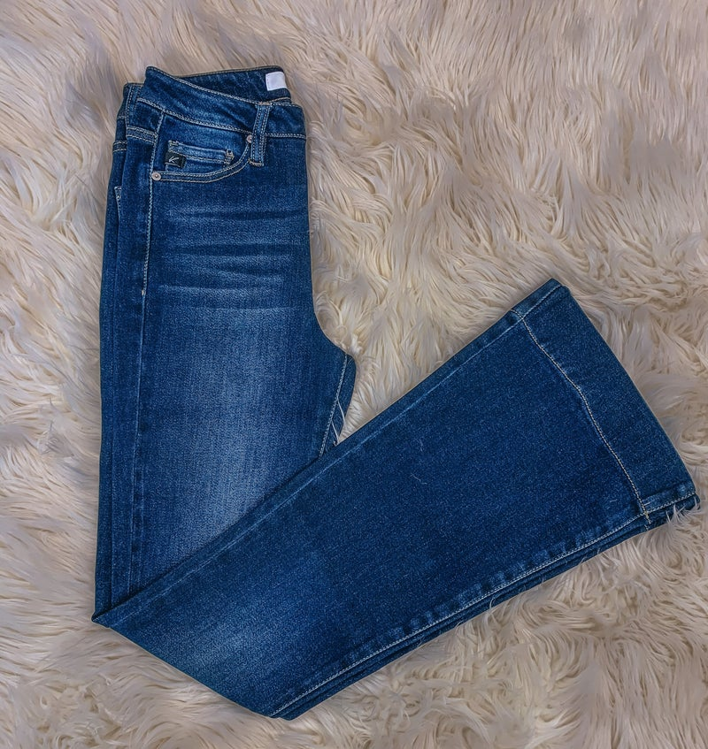<< KANCAN NON DISTRESSED FLARE JEANS >>