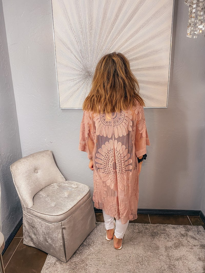 << LACE DUSTER >>
