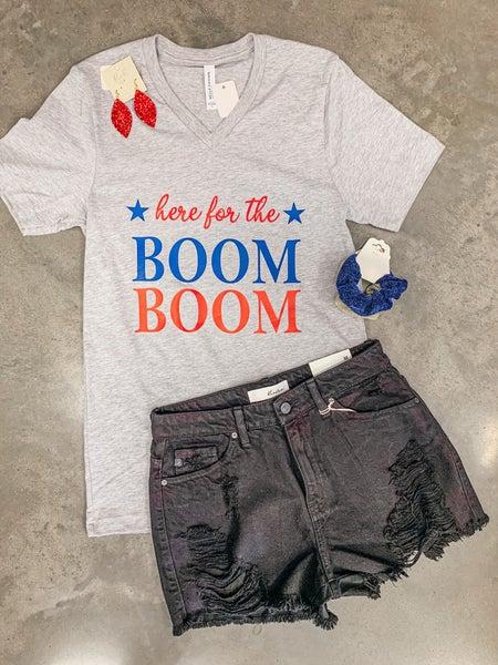 << BOOM BOOM >>