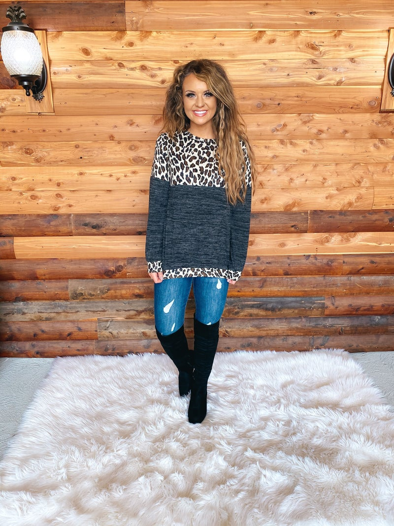 << MARBLED LEOPARD PULLOVER >>