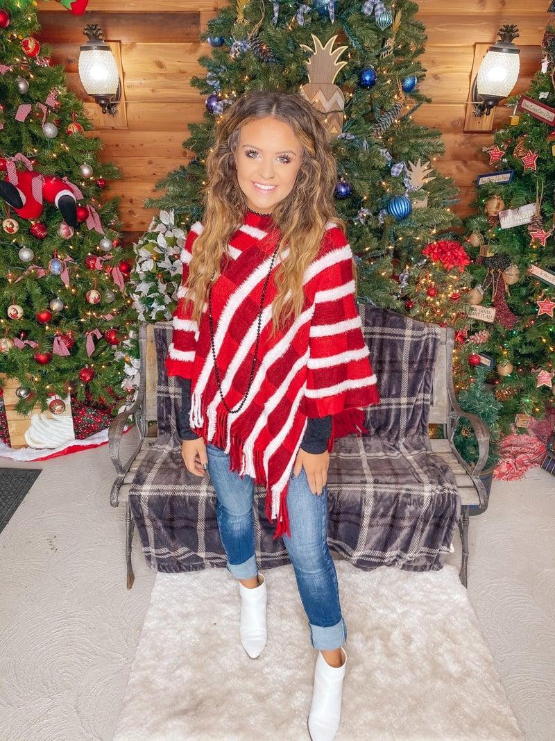 <<  CHRISTMAS PONCHO >>